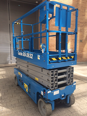USED-genie-GS2632-electric-Scissor-lift