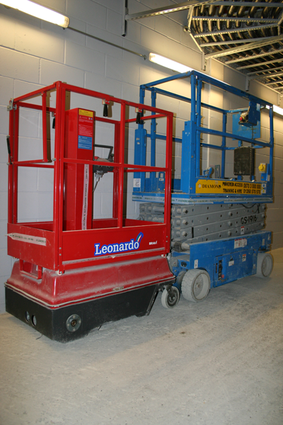 Bravi Leonardo is much smaller than a 19ft scissor lift