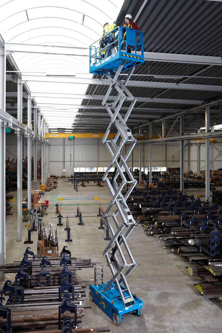 Genie lift electric scissor lift GS4047