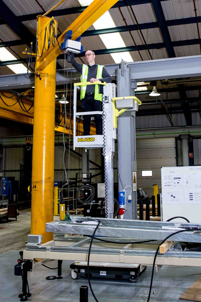 Hugo lift working on overhead crane