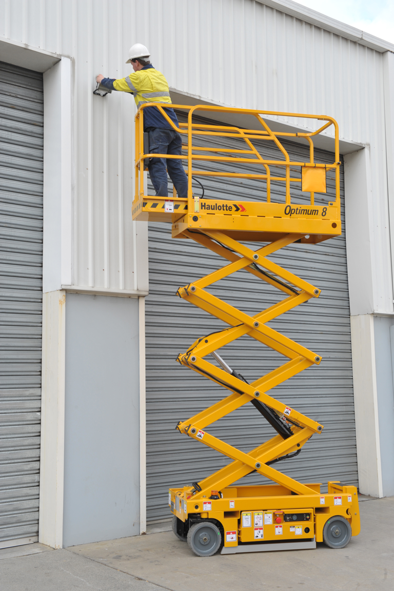 Haulotte Optimum 8 electric scissor lift