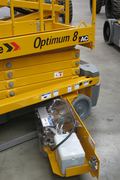 Haulotte Optimum 8 small electric scissor lift slide out tray
