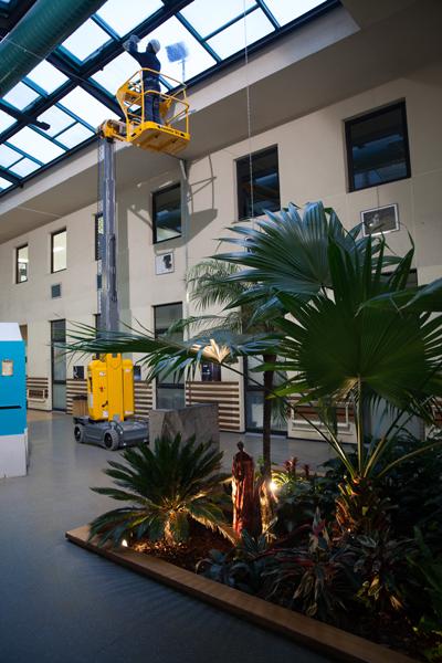 Haulotte Star 10 lift working in atrium