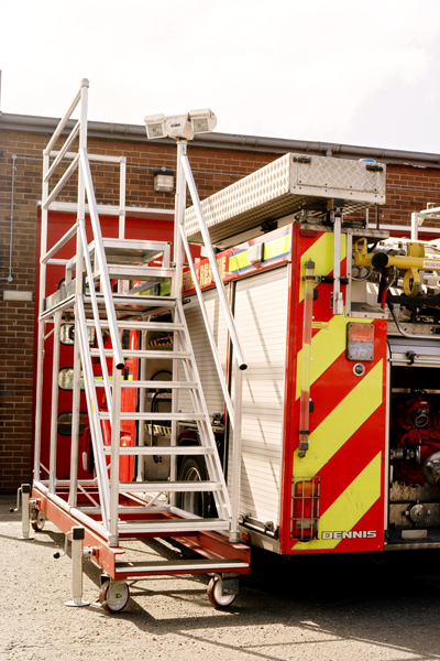 Bespoke access platform for fire appliance maintenance