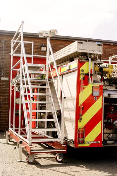 Bespoke access platform for fire appliance maintenance
