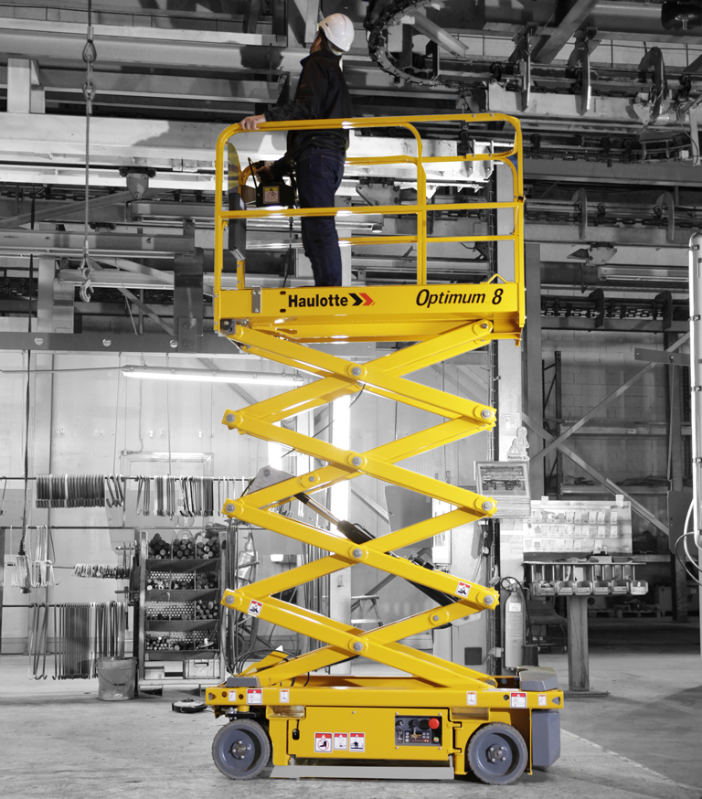 Optimum 8 self-propelled electric scissor lift