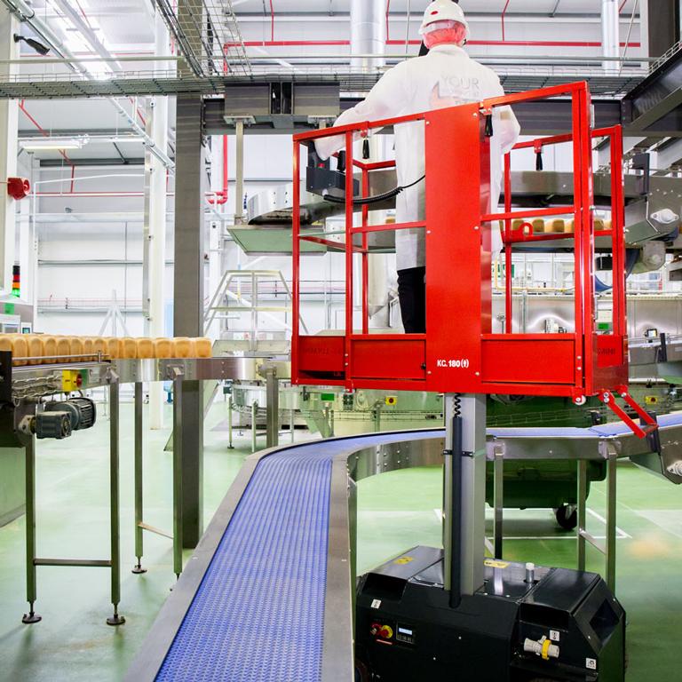 Leonardo personnel lift working in food factory (industrial bakery)